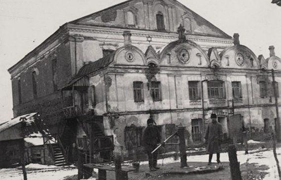 בית הכנסת בעיר לודמיר וכרכרתו של הדוכס